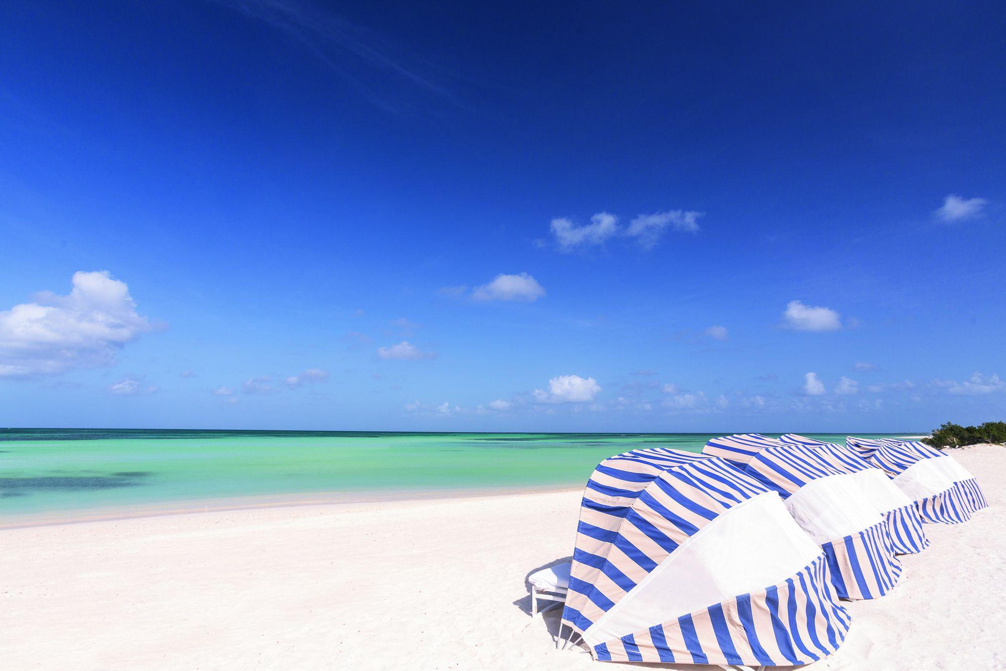 Beach_Cabanas.jpg