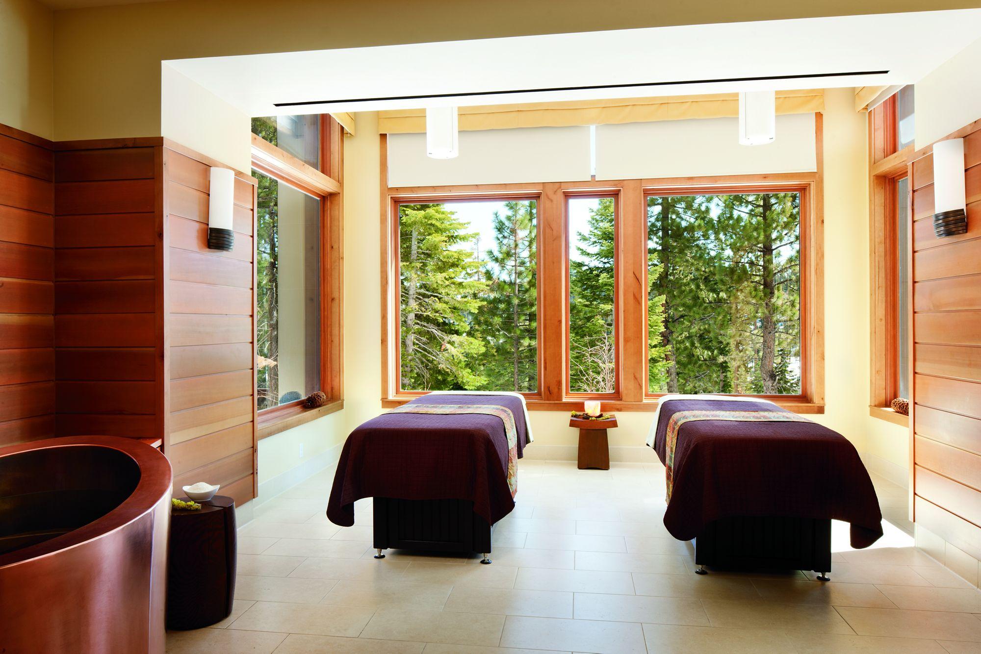 Ritz_Tahoe_Massages.jpg